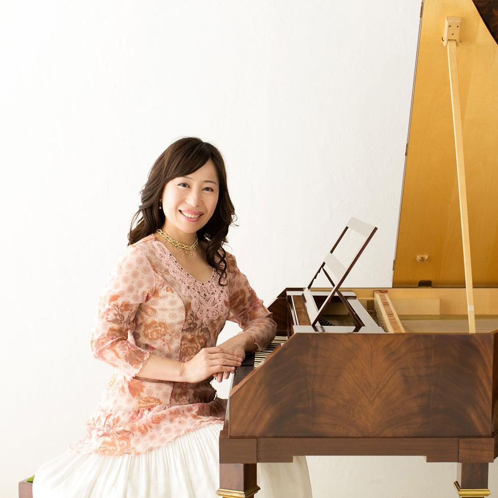 小倉貴久子(ピアノ)